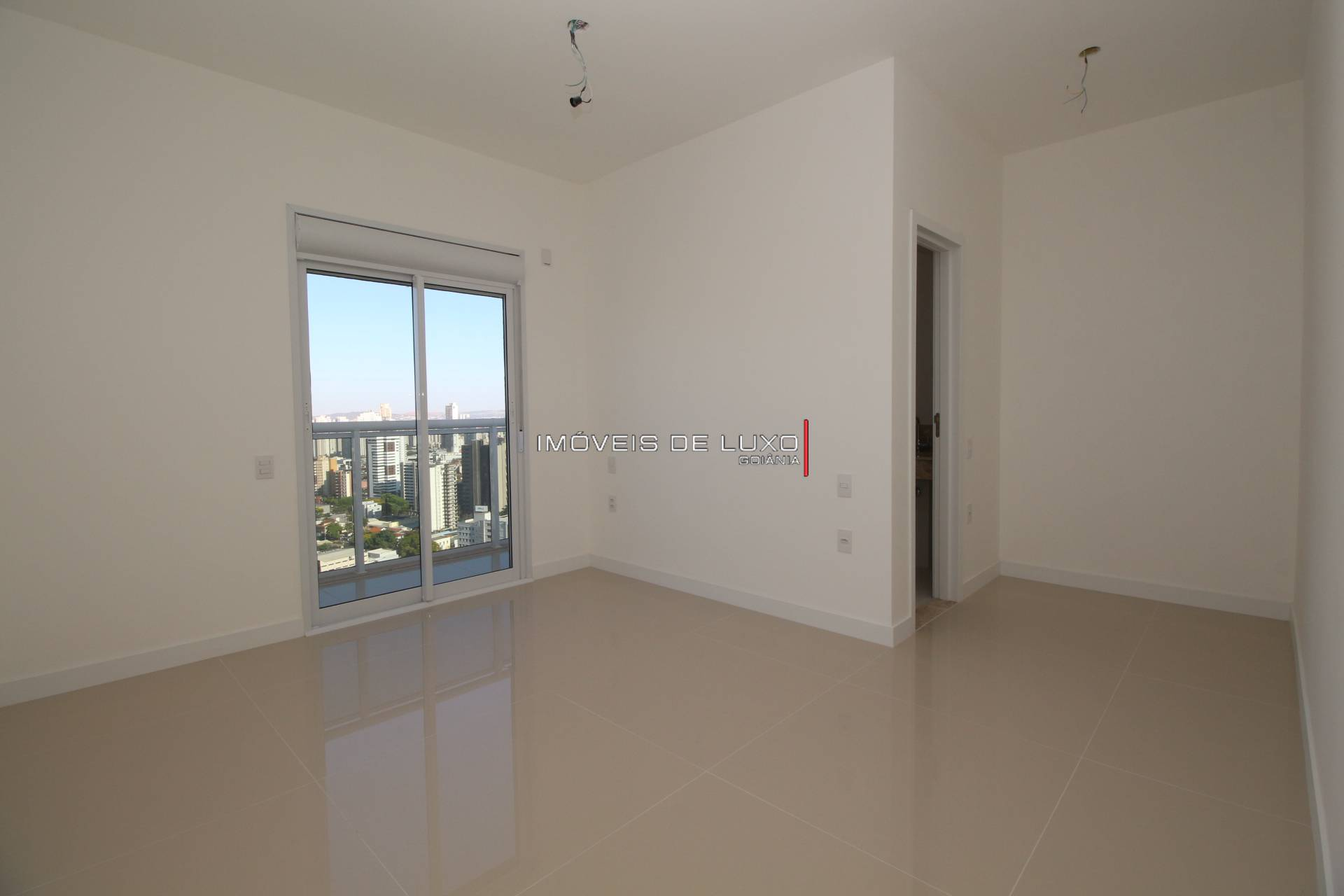 Imóveis de Luxo - Apartamento 4 suítes novo no Setor Marista