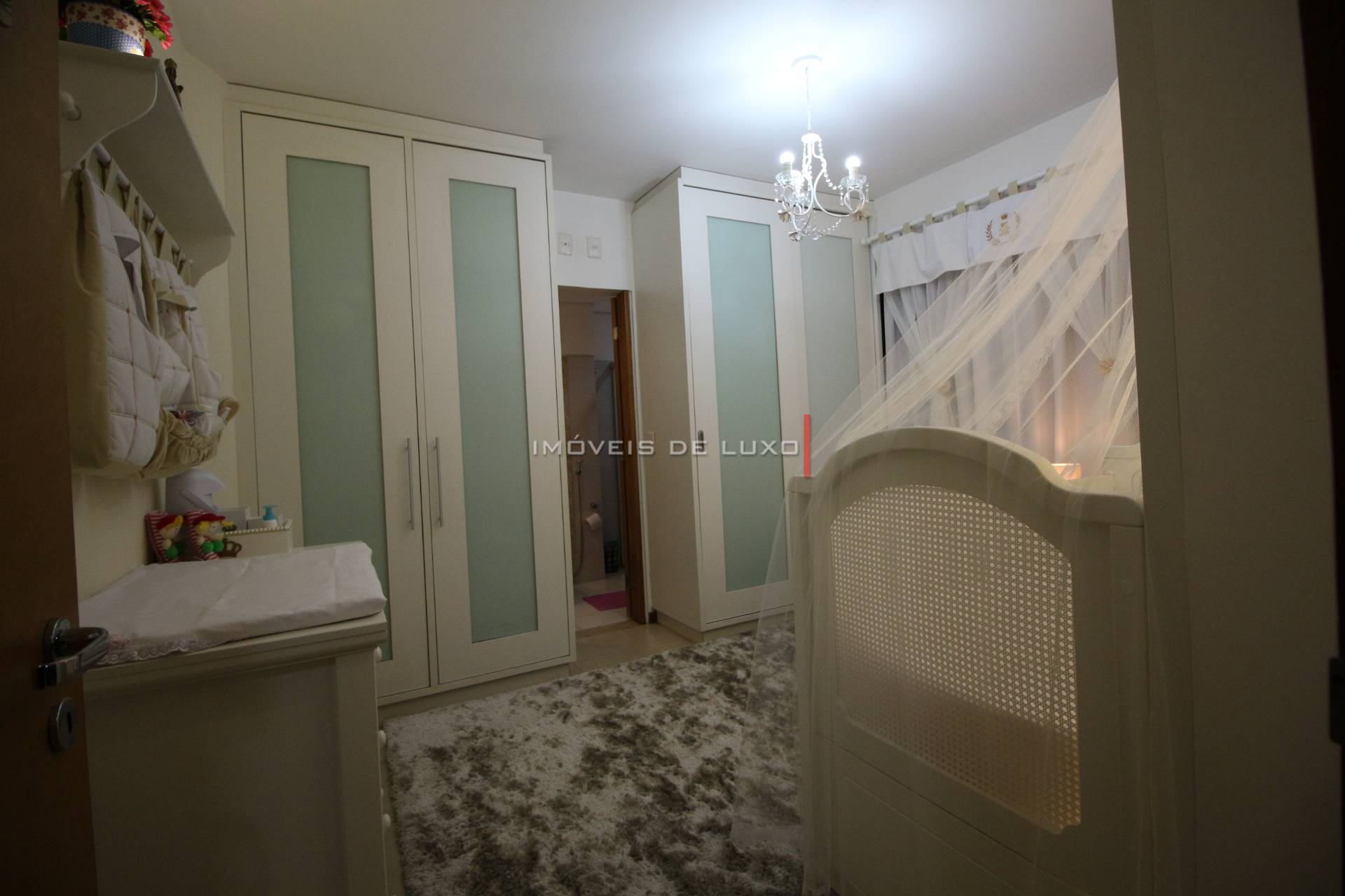 Imóveis de Luxo - Lindo apartamento reformado no Setor Bueno