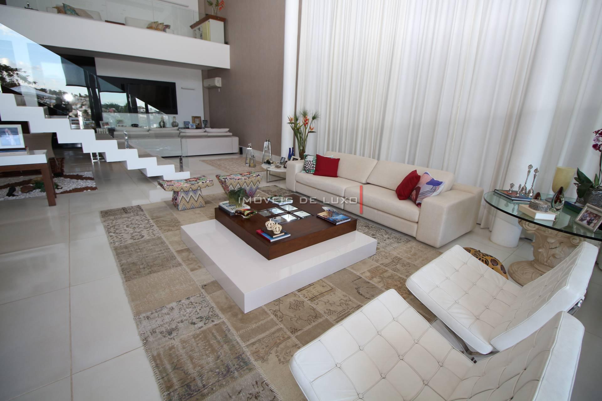Imóveis de Luxo - Sobrado de Luxo com vista para o Clube no Alphaville Araguaia