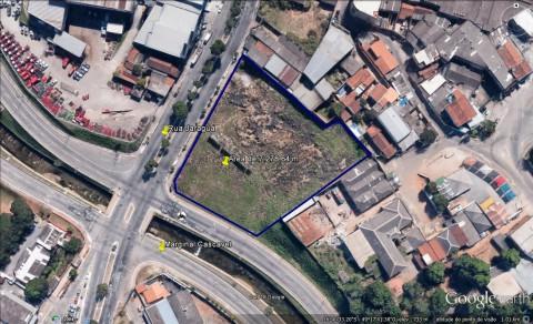 Área com 7.278,64 m na Rua Jaraguá com Marginal Cascavel