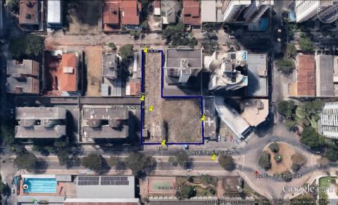 Área de 2.200m com gabarito na Av. E no Jardim Goiás