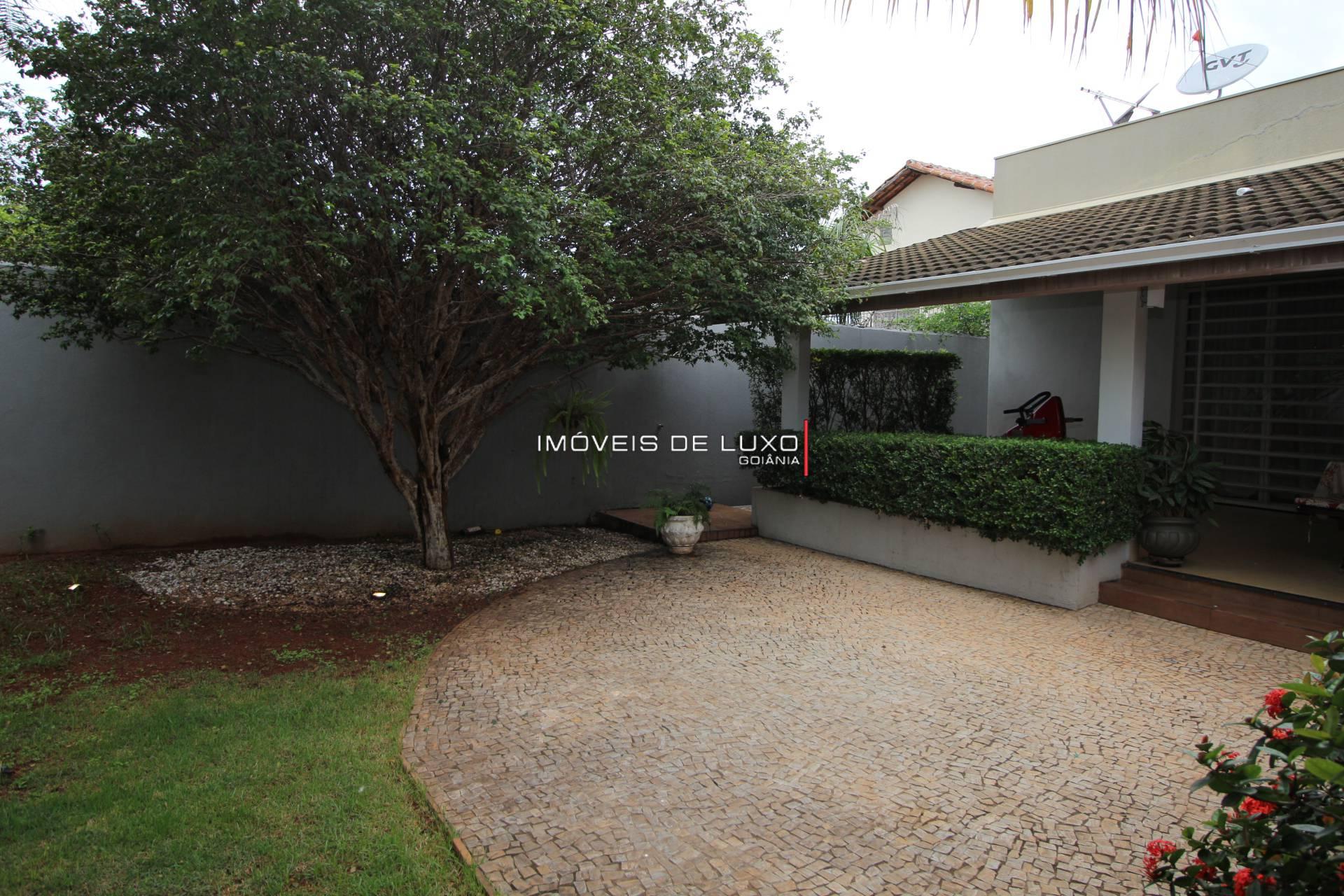 Imóveis de Luxo - Casa Térrea no Setor Sul