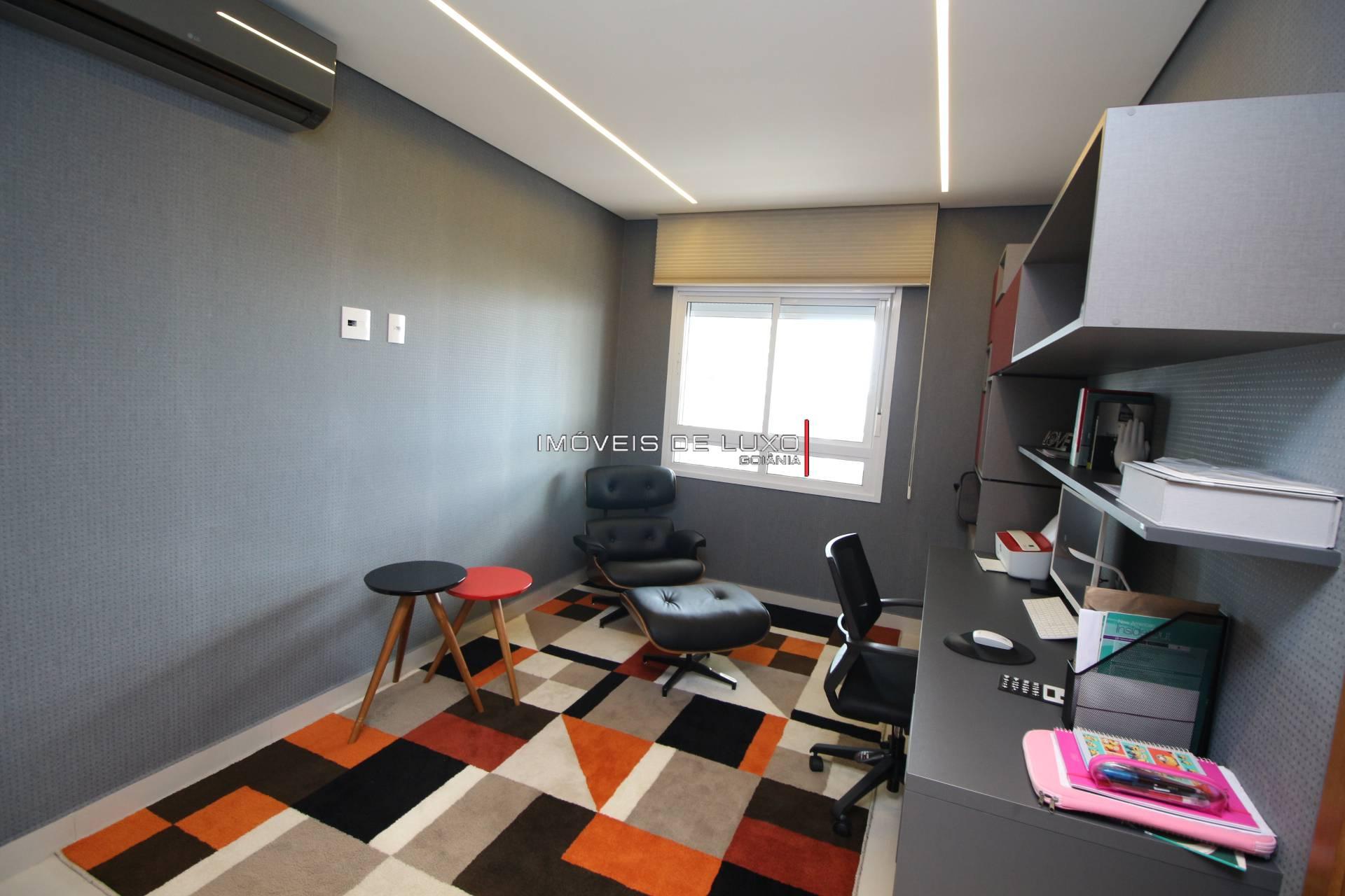 Imóveis de Luxo - Duplex único na praça da T 23