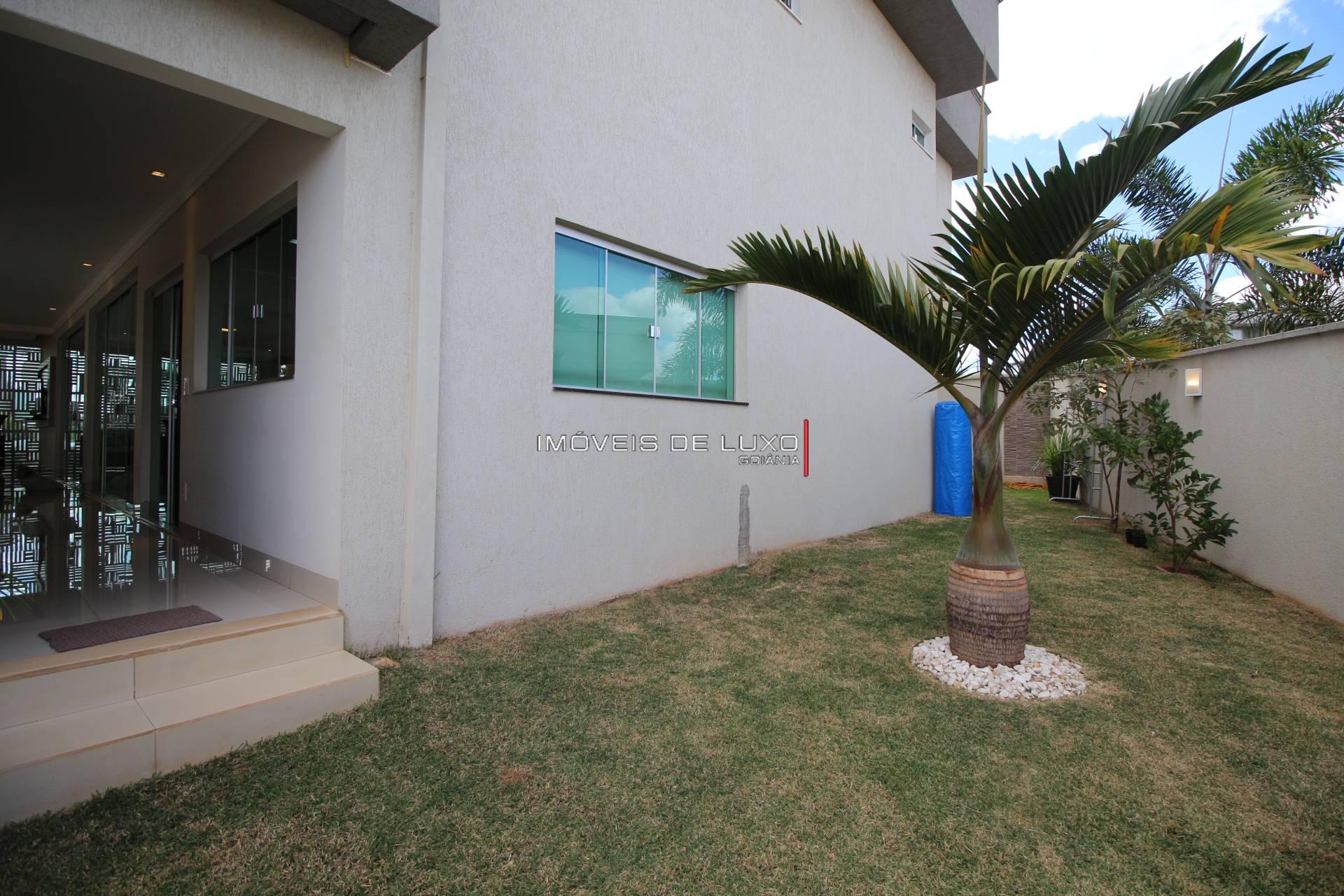 Imóveis de Luxo - Sobrado com 4 suítes no Condomínio do Lago