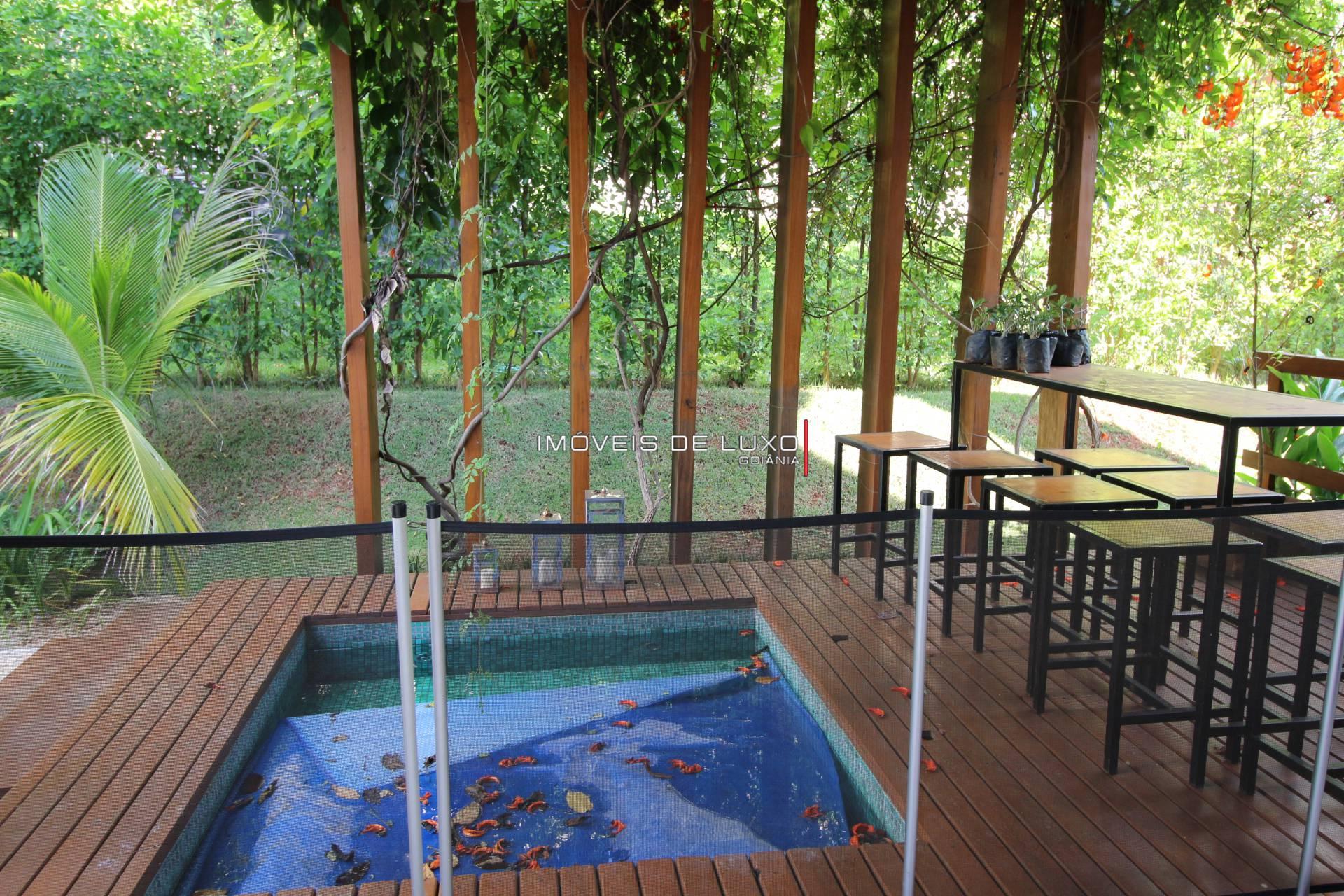 Imóveis de Luxo - Moderna Casa Térrea no Aldeia Do Vale