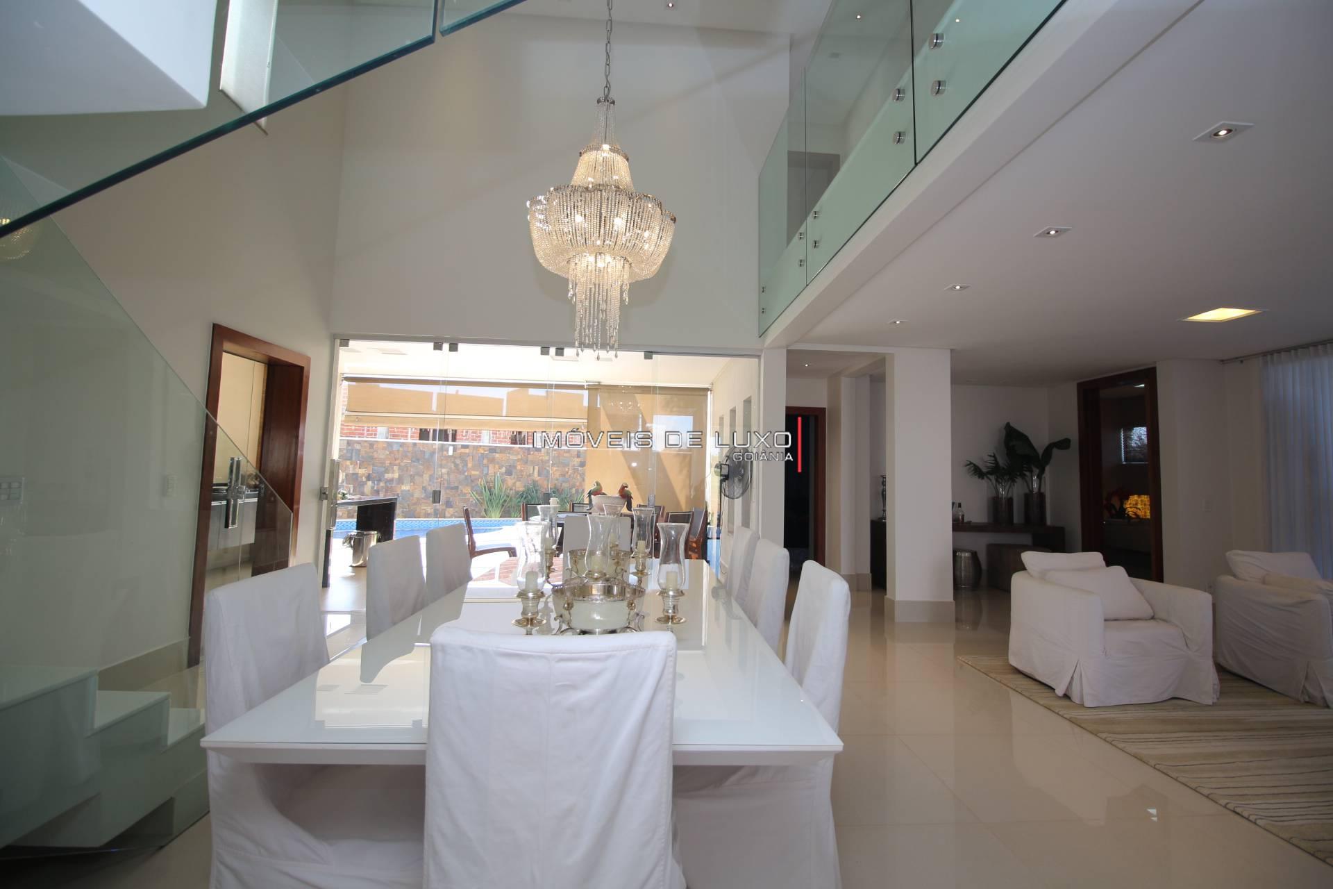 Imóveis de Luxo - Moderno sobrado no Condomínio do Lago