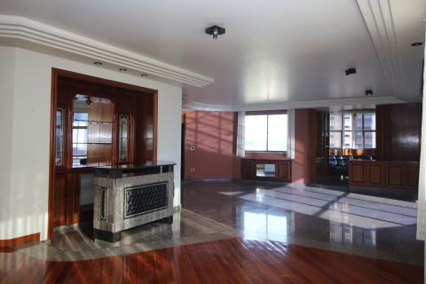 Apartamento com 459m2 no Setor Bueno