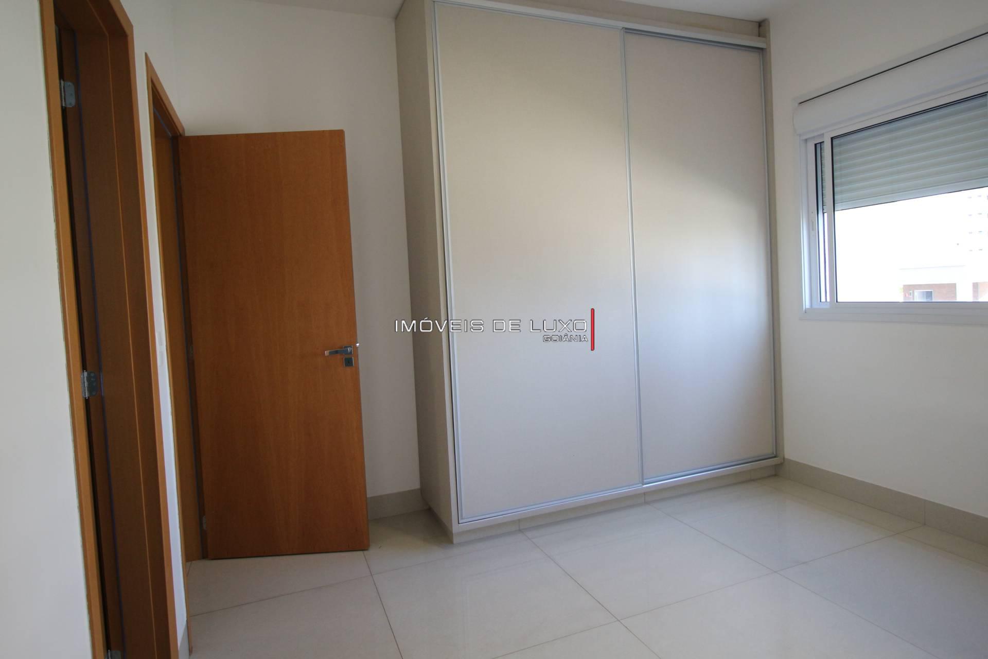 Imóveis de Luxo - Apartamento 191 m com armários no Setor Bueno