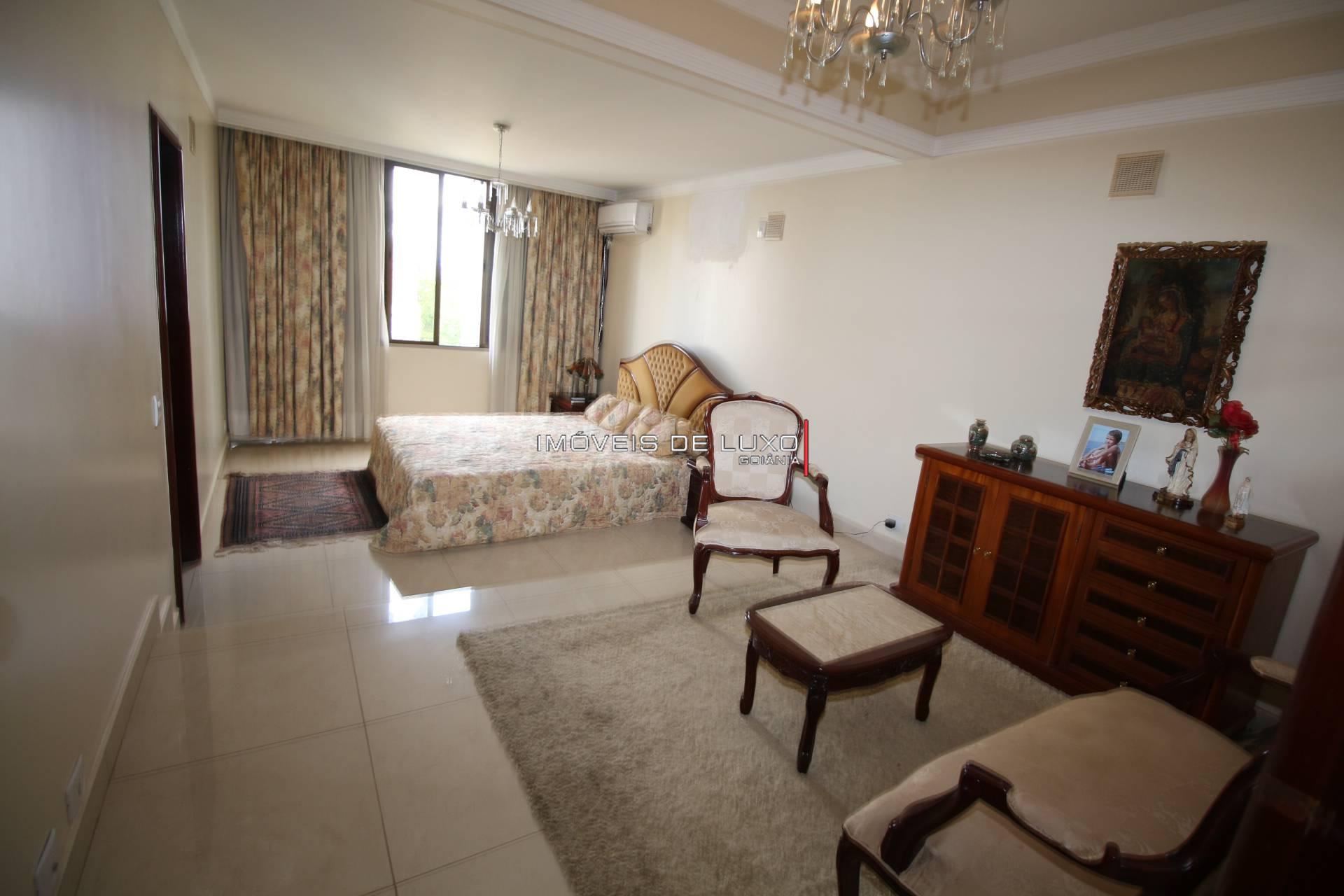 Imóveis de Luxo - Apartamento com 360 metros no Setor Oeste